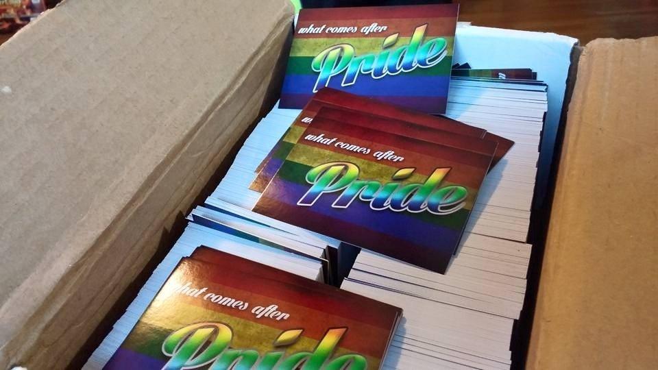 022_PrideTractBox
